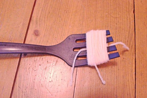 DIY pompons