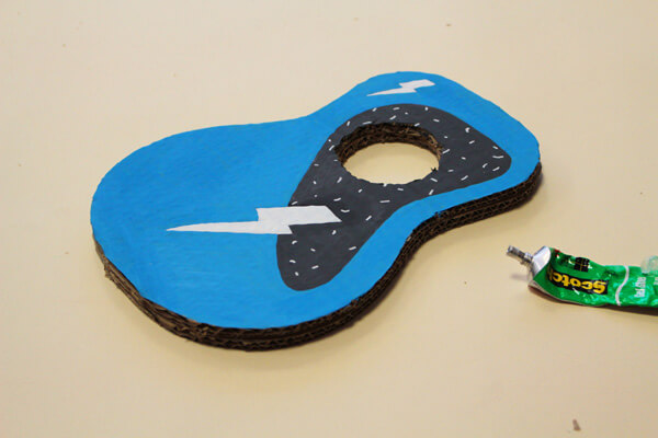 DIY guitare enfant