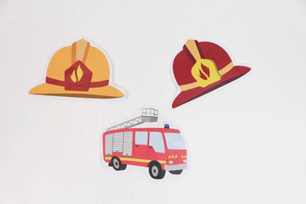 DIY invitations pompiers pour un anniversaire enflammé