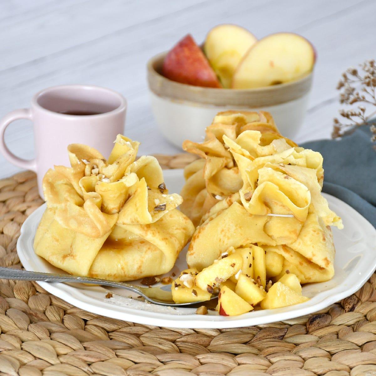 Une recette de crêpes originale pour la Chandeleur, facile à cuisiner en famille pour le dessert ou le goûter.
