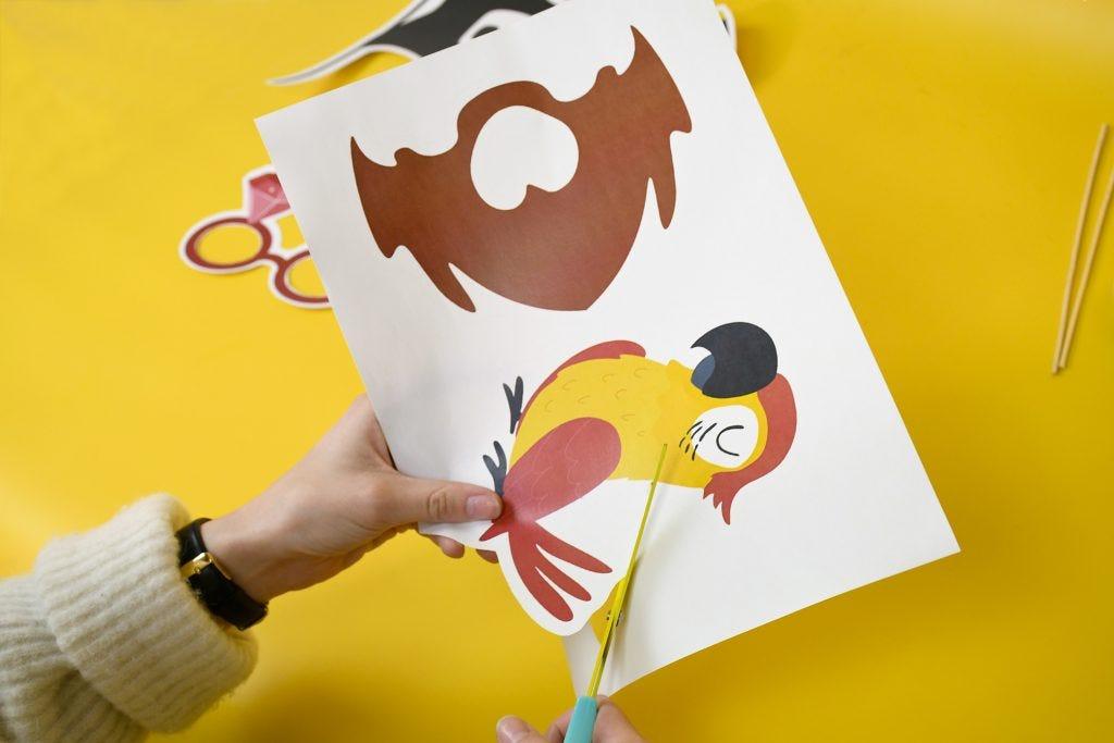 fabriquer photobooth pirate enfant