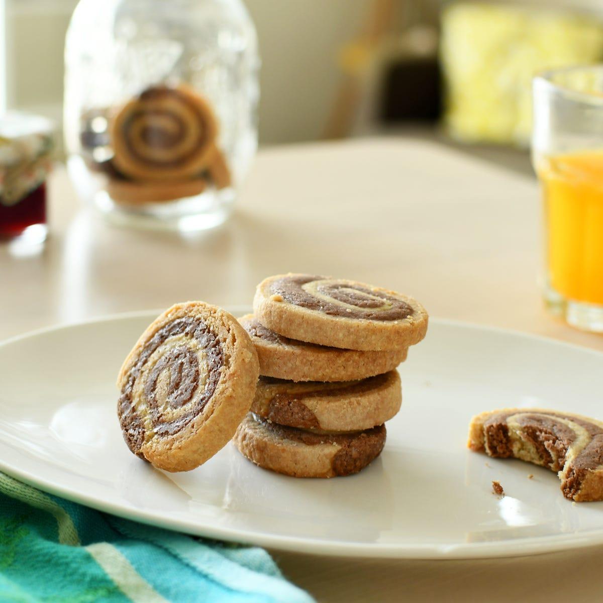 Pour le goûter, optez pour une délicieuse recette de sablés choco-spirales faits-maison !